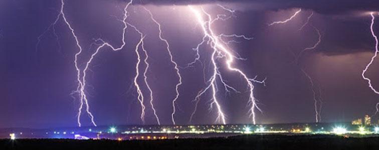 افکت صوتی باران و رعد و برق